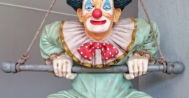 Loekker oben Clown